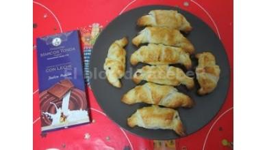 Croissants rellenos de Chocolate con Leche Marcos Tonda
